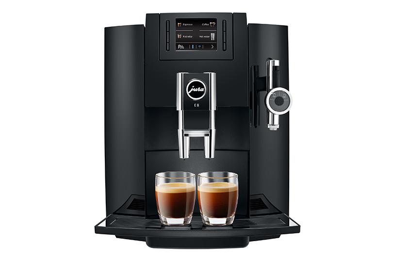 E8 - Jura Coffee Machines - Specialities: Latte Macchiato